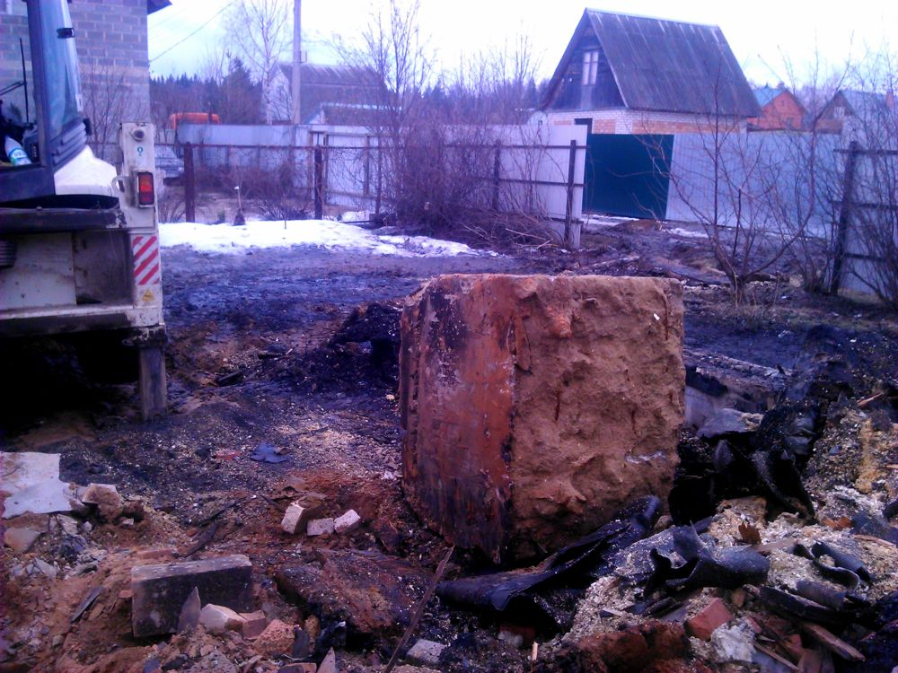 Стоимость работ по демонтажу фундамента старого дома