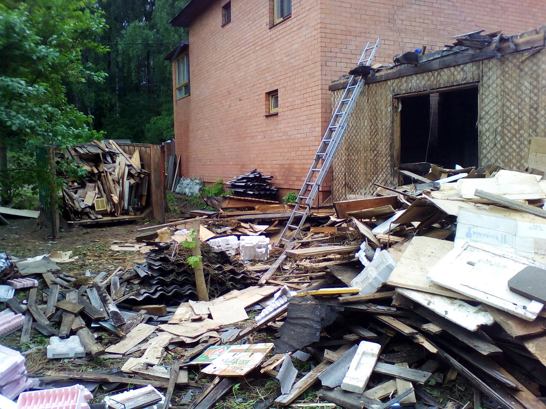 Демонтаж частного дома с вывозом строительных отходов