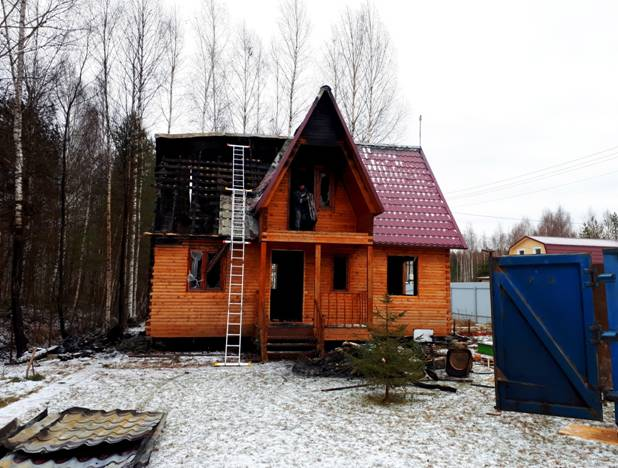 Снос сгоревшего дома из бруса в Электростали
