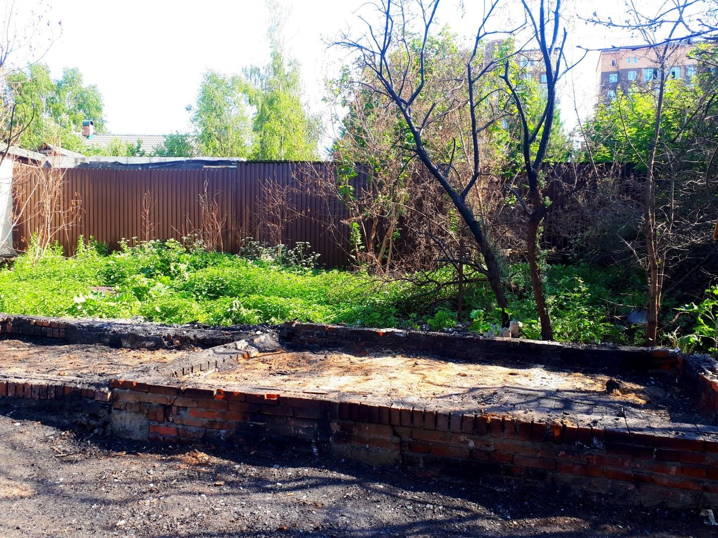 Разбор сгоревшего хозблока в деревне Сенино Чеховского района
